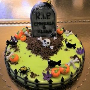 1.dolci-festa-di-Halloween-torta
